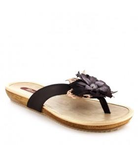 Sandalias en negro*