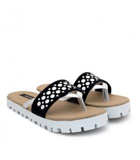 Sandalias de símil cuero negro