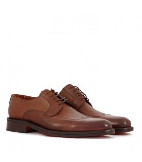 Zapatos de cuero marrón