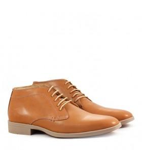 Zapato abotinado de cuero suela