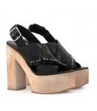 Sandalias de cuero croco negro