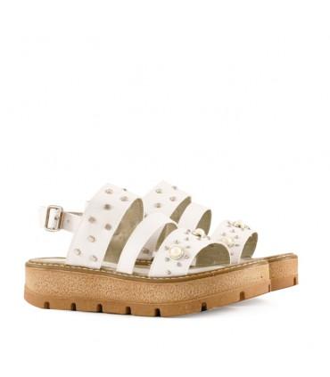 71606ad0acff Sandalias de símil cuero blancas | Nenas | Batistella