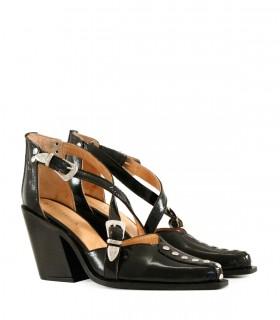 Zapatos de fiesta en charol negro