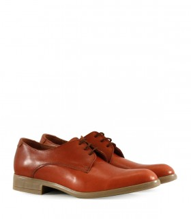 Zapatos clásicos de cuero suela oscuro