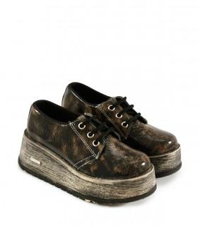 Zapatos abotinados charol craquelado visón