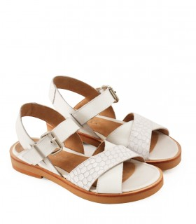 Sandalias bajas de cuero blanco