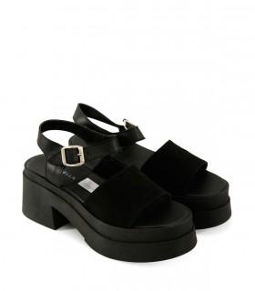 Sandalias altas de gamuza en negro