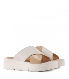 Sandalias de cuero en nude/blanco
