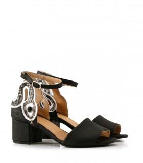 Sandalias de cuero en negro combinadas