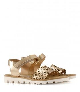 Sandalias de símil cuero en oro