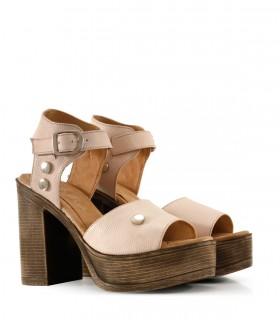 Sandalias altas de cuero en nude