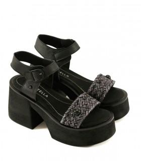 Sandalias de cuero en negro