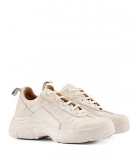 Zapatillas urbanas de cuero en blanco
