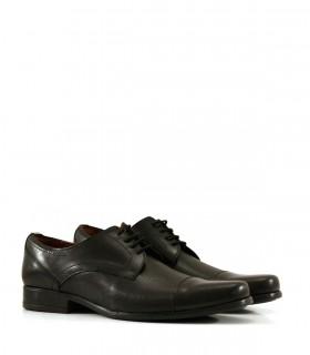 Zapatos de vestir de cuero negro acordonados