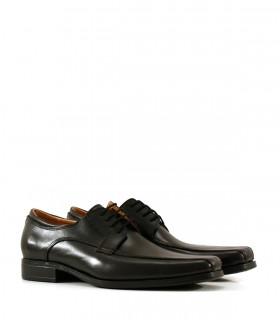 Zapato de vestir negro acordonado