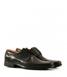 Zapato de vestir de cuero negro