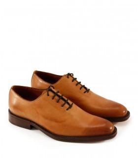 Zapato de vestir en suela acordonado