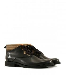 Botas de cuero negro
