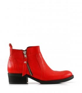 Botas cortas de cuero rojo