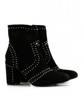 Botas cortas de gamuza negra