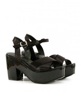 Sandalias de fiesta en raso negro