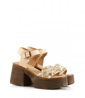 Sandalias trenzadas de cuero en hueso