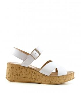Sandalias clásicas de cuero blanco