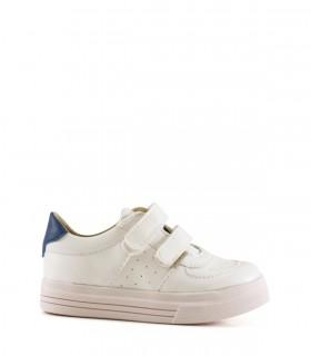 Zapatillas de símil blancas