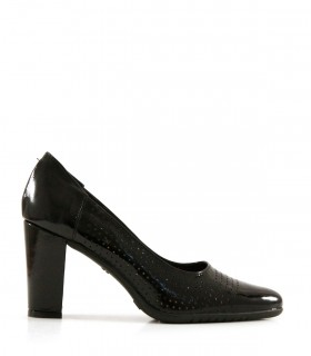 Stilletos de charol negro
