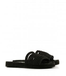 Zuecos de tela en negro
