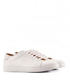 Zapatillas de cuero en blanco