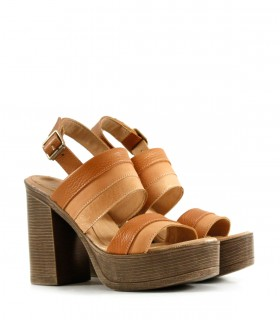 Sandalias clásicas  de cuero en suela