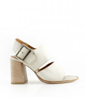Sandalias de cuero en natural