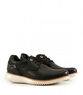 Zapatos acordonados de nobuk en negro