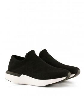 Zapatillas urbanas de tela en negro