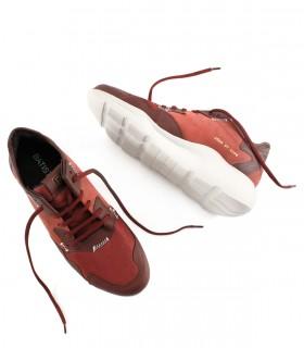 Zapatillas urbanas de cuero en bordo