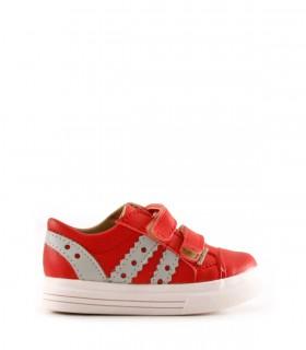 Zapatillas de cuero en rojo