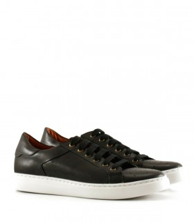 Zapatillas urbanas de cuero negro