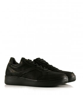 Zapatillas urbanas de cuero en negro