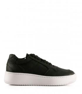Zapatillas urbanas de cuero negro con base ancha