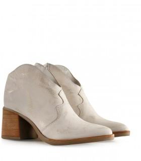 Botas cortas texanas de cuero gastado blanco plata