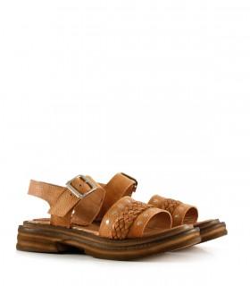 Sandalias chatas con trenza de cuero suela