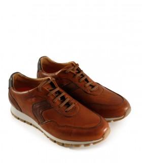 Zapatillas urbanas en cuero marrón con base blanca