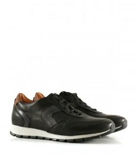 Zapatillas urbanas de cuero negro con talonera marrón