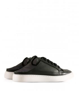 Zapatillas destalonas en cuero negro