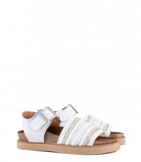 Sandalias bajas de cuero en blanco