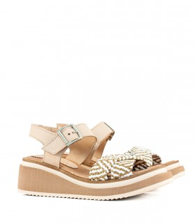 Sandalias de cuero y rafia en beige