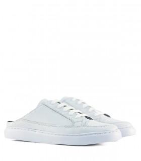 Zapatillas destalonadas en cuero blanco