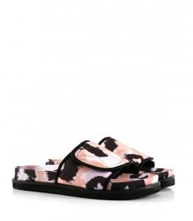 Sandalias bajas de tela en lila