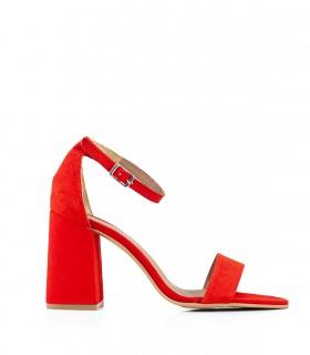 Sandalias con pulsera de gamuza en rojo